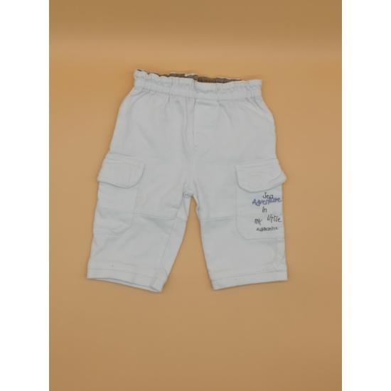 Fehér zsebes nadrág