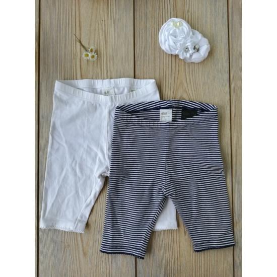 2 db 3/4-es leggings: egy sötétkék-fehér csíkos és egy fehér
