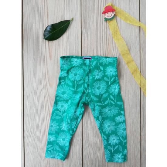 Zöld alapon fehér virágos leggings